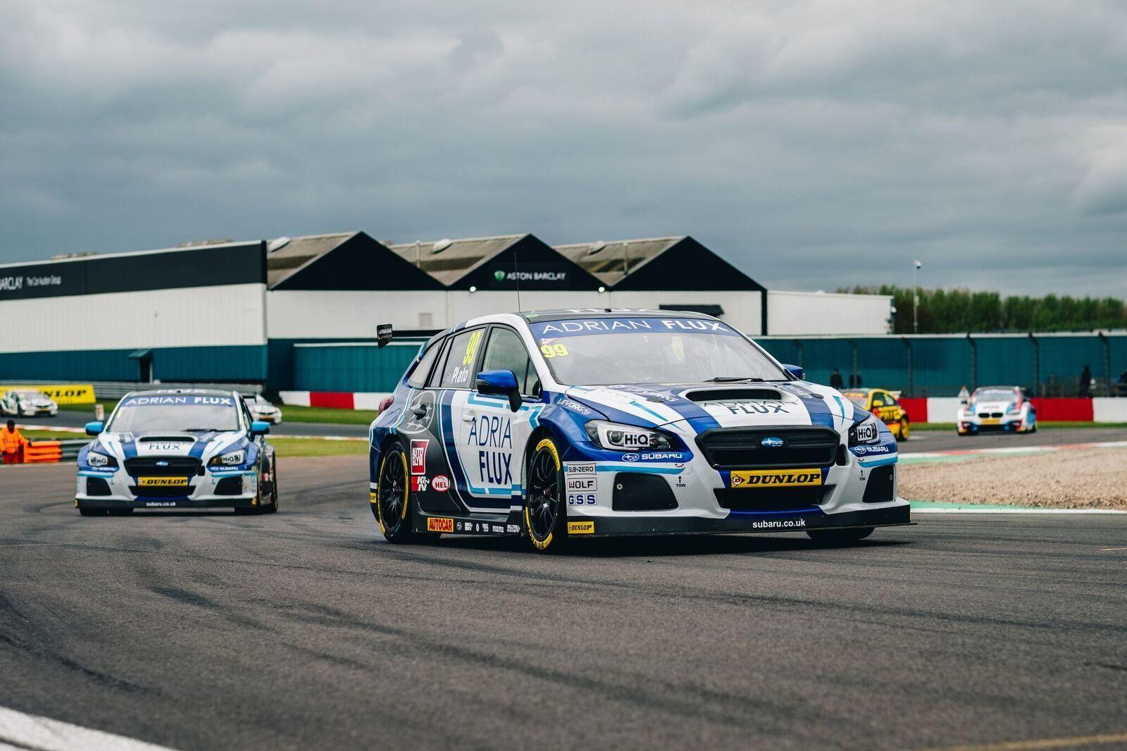 A TRICKY WEEKEND OF RACING AT THRUXTON
